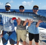 catch huge wahoo